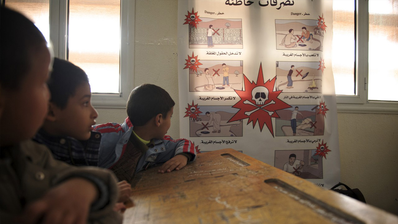 Handicap International works to raise awareness of accidents caused by anti-personnel landmines and unexploded devices in Libya. The organisation provides basic medical assistance, including rehabilitation care for displaced people, particularly children and people with disabilities. Handicap International also supports local health and rehabilitation centres.