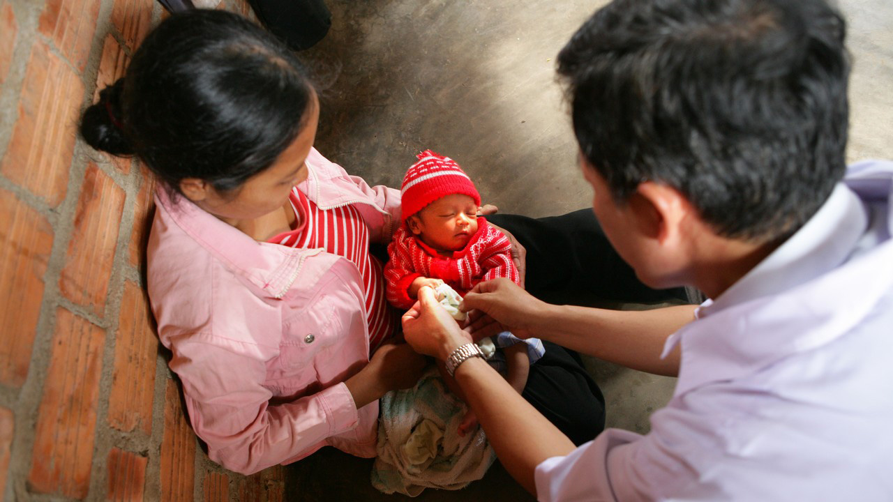 In 1975, at the end of the Vietnam War, so much blood had been shed that the country struggled to get back on its feet. Handicap International today supports the population in the final phase of reconstruction and implements disability prevention projects, in particular in the field of road safety, and projects to improve access to rehabilitation services.
