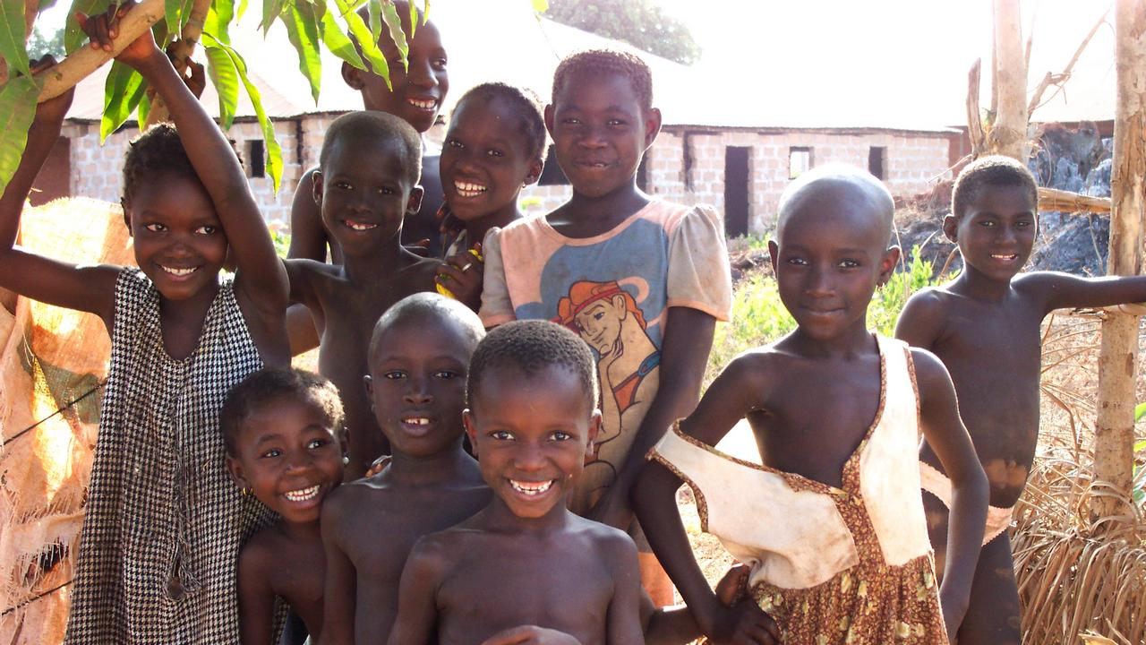 Guinea Bissau is a country which has been affected by intense political upheaval, where the health services are extremely insufficient, and access to education is far from satisfactory. Handicap International implements projects intended to ensure provisions are made to allow children with disabilities to attend school.