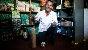 Oberney in his shop. Colombia.