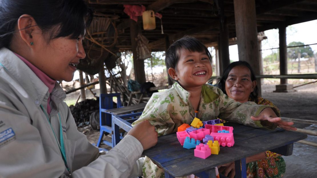 Khana, 5 years old, Handicap International Cambodia
