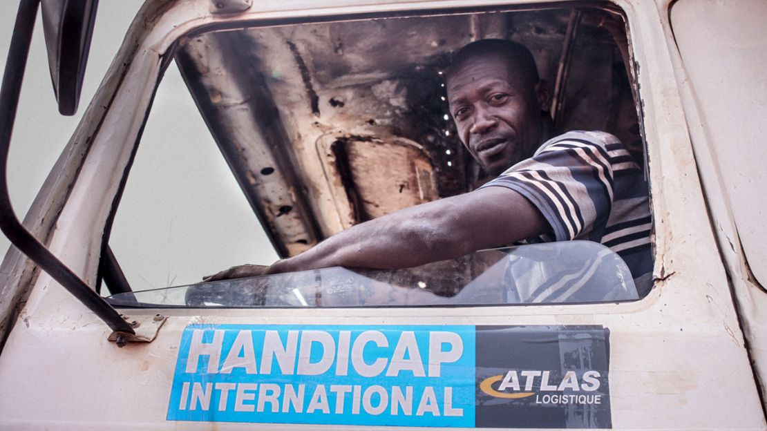 A driver working with Humanity & Inclusion in CAR.