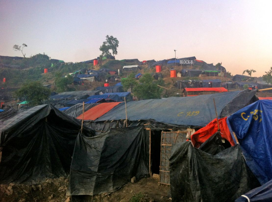 Shelters in an extension camp in Bangladesh, October 2017