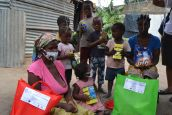 HI did the distribution of hygiene kits and organized awareness sessions in Maputo and Matola about