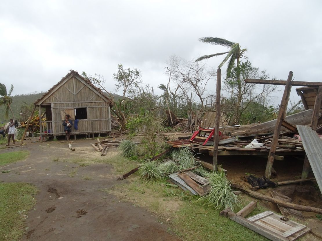 Cyclone resistant local construction following cyclone ENAWO, Madagascar