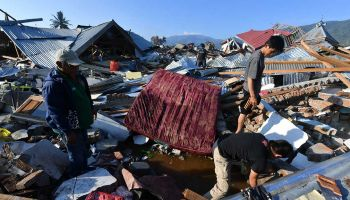 "Indonesia tsunami: ""More than 190,000 people need assistance"""