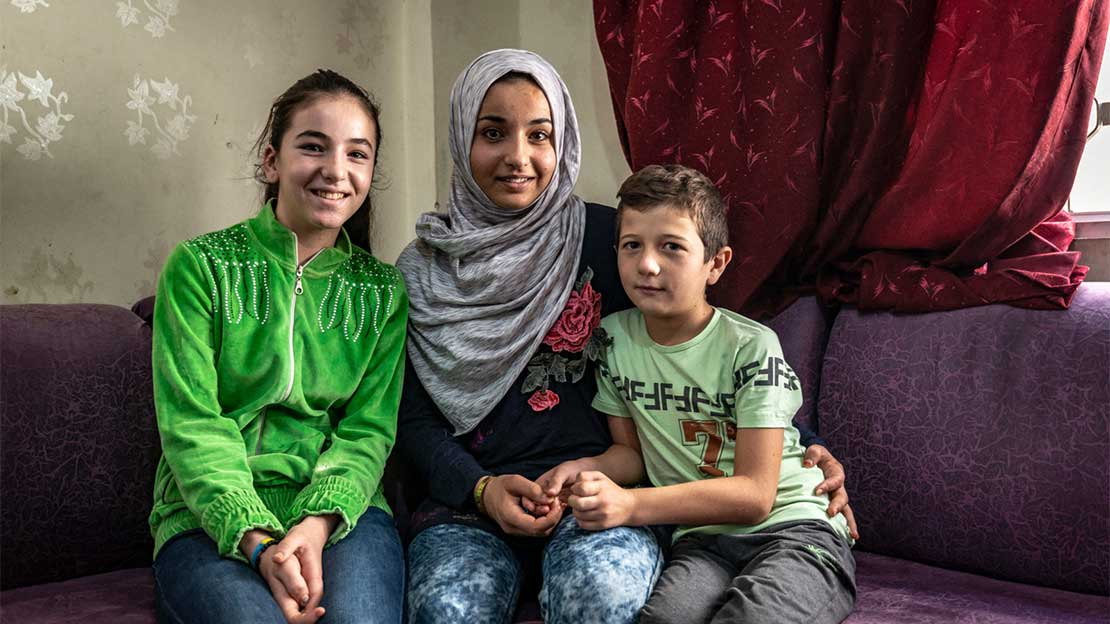 Manal, 15, lost her left leg to a bombing in Syria. She is supported by HI's rehabilitation teams in Jordan.; }}