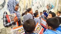 Handicap International's team conducts a risk education sesssion in Gaza
