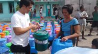 Distribution of hygiene & shelter kits organized by Handicap International and its partners, with Start Fund support, to population affected by Typhoon Nock Ten.