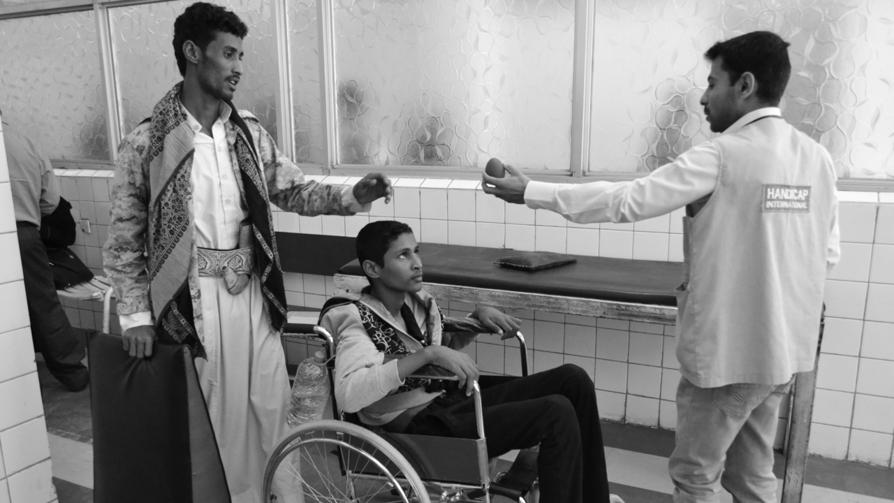 CALP hospital, Sana'a, in March 2017: Rehabilitation session with a tetraplegic patient injured during fighting in the north of Yemen.